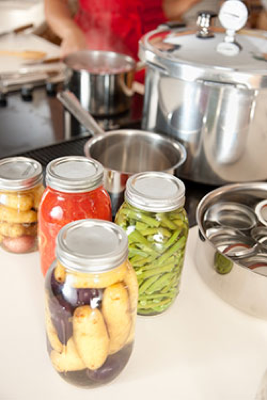 canned food in jars
