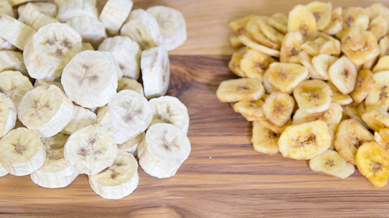 Freeze-Dried Bananas Versus Dehydrated Bananas