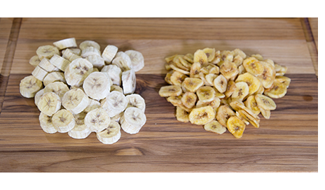 freeze dried bananas next to dehydrated bananas